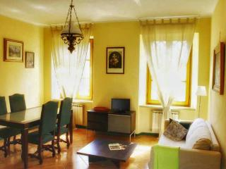 Dimora tranquilla nella verde Lunigiana - Filattiera vacation rentals