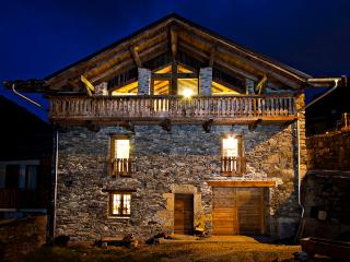 Comfortable Chalet with Internet Access and Satellite Or Cable TV - Peisey vacation rentals