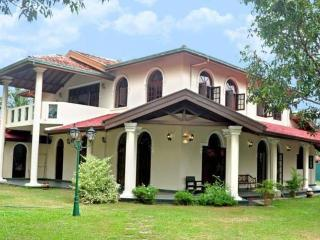 2 Bedroomed Apartment sleeps 4 Villa Eco Green - Negombo vacation rentals