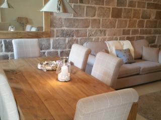 5 Emerald Dove Barn - Stoke-on-Trent vacation rentals