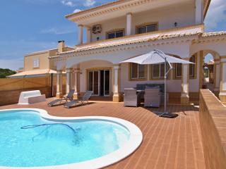 Villa Hakuna Matata - Alvor vacation rentals