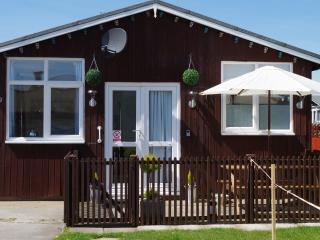 2 bedroom Chalet with Internet Access in Bridlington - Bridlington vacation rentals