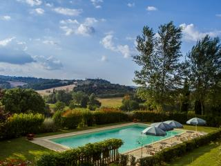 Ginestra Apartment in Country house with pool - Cetona vacation rentals