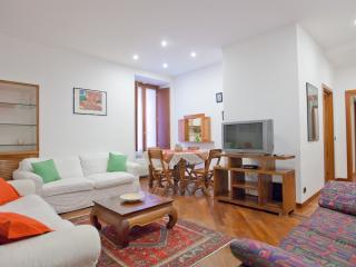 Gracchi large apartment sleeps up to 7pax 2bedroom - Rome vacation rentals
