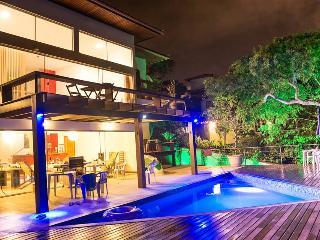 A SPLENDID HOUSE ALMOST ON THE FERRADURA BEACH 6Bd - Buzios vacation rentals