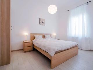 NEW! Inner-City 1 Bedroom Flat - Budapest vacation rentals