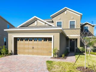 Beautiful 5 Bedroom Home Near Disney From 145nt - Orlando vacation rentals