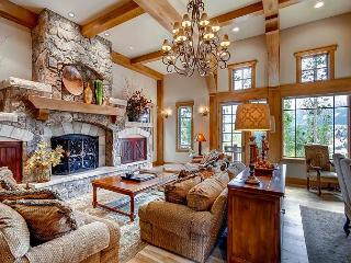 A Spacious Luxury Home with Elegant Design, Privacy and Views! - Breckenridge vacation rentals