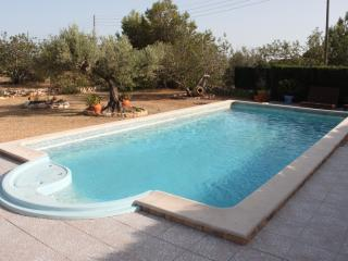 Nice House with Dishwasher and Stove - L'Ametlla de Mar vacation rentals