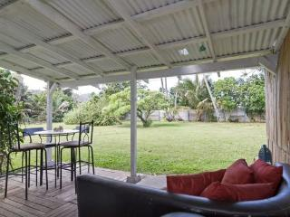 Hawaii Haven Pad - mountain view, huge yard - Laie vacation rentals