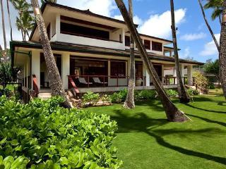 Hale Koa Estate - beachfront, w/ pool - Laie vacation rentals