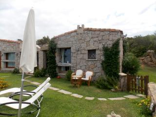 Villetta singola con giardino a Liscia di Vacca - Porto Cervo vacation rentals