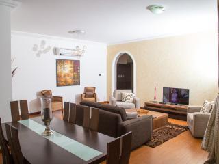 Afro Cosmopolitan 3 bedroom Apartment - Accra vacation rentals