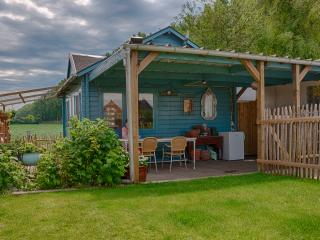 1 bedroom Chalet with Internet Access in Hulst - Hulst vacation rentals