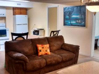 Peaceful room Nearby Nottingham Central Park - Ajax vacation rentals