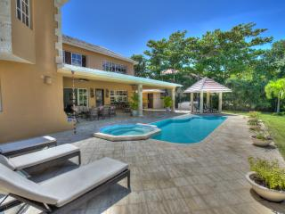 Nice Villa with A/C and Balcony - Punta Cana vacation rentals