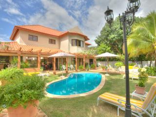 Great 4 bedroom Villa near Golf Course in Casa de Campo - La Romana vacation rentals