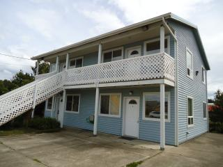 Beautiful Condo with Balcony and Water Views - Waldport vacation rentals