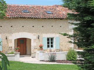 La Distillerie, Longeveau - Charente vacation rentals