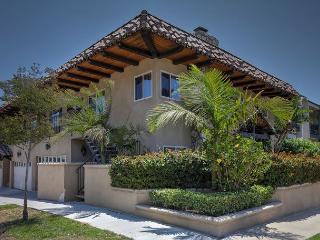 Renovated El Segundo Beach Villa Just Outside of LA – Walker's Paradise - El Segundo vacation rentals