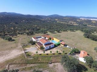 Lovely rural house in peaceful, idyllic environment - Monesterio vacation rentals