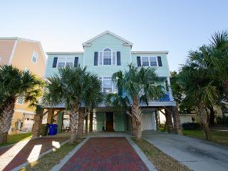 Nice House with Balcony and Private Outdoor Pool - Myrtle Beach vacation rentals