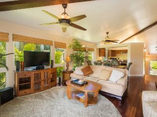 Villas of Kamali`i #20 - Beautiful townhouse, A/C, two master bedrooms, in gated community. Sleeps 6. *Free Economy Car - Princeville vacation rentals