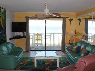 Direct Upgraded Ocean/Beach Front Condo, Flat Screens, WIFI, 4 Heated Pools - Marineland vacation rentals