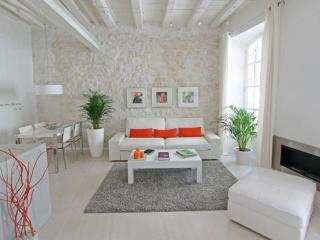 Côté Pur - Arles vacation rentals