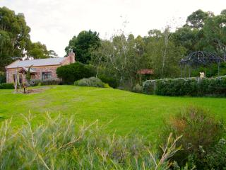 Romantic Villa with Balcony and DVD Player - Yankalilla vacation rentals