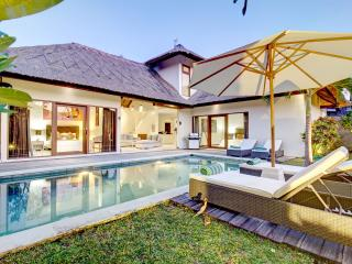 Villa Nolan - Beautiful 3BR & Private Pool Villa in Canggu, 15/20min to Seminyak - Denpasar vacation rentals