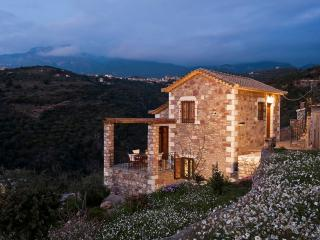 Beautiful Villa in Kalamata with Television, sleeps 4 - Kalamata vacation rentals