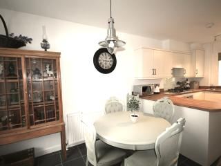 BRAND NEW delightful 3 bed Esa Cottage NR Fistral - Newquay vacation rentals