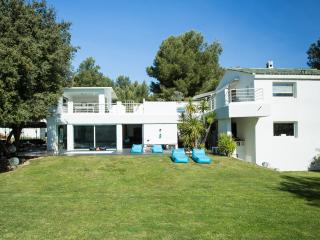 Luxury House in the heart of the Bandol vineyards. - Saint Cyr sur mer vacation rentals