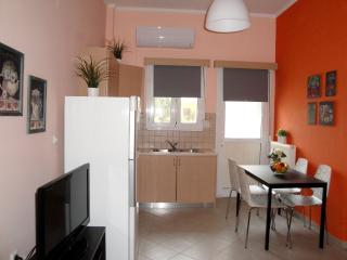 Comfortable 1 bedroom Preveza Apartment with Internet Access - Preveza vacation rentals