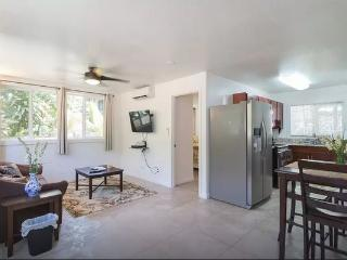 Paradise Cottage - near beach, shops, attractions - Sunset Beach vacation rentals