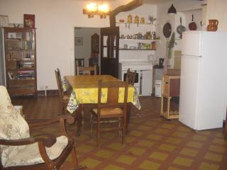 Nice House with Internet Access and Wireless Internet - Regusse vacation rentals