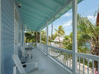 Duval Corner - Cute Condo In Perfect Location Just Off Duval. Great Balcony! - Key West vacation rentals