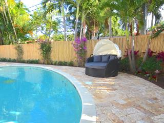 5 STAR LUXE 4 BED  HTD POOL STEPS 2 SECURED BEACH! - Pompano Beach vacation rentals