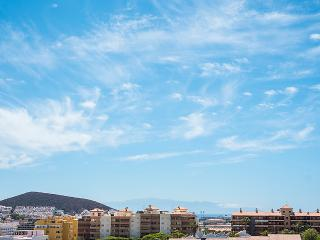 ESTUDIO CASTLE HARBOUR - Los Cristianos vacation rentals