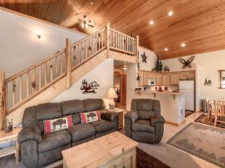 Charming 2BR Cabin Near Suncadia, Large Open Loft, 2-for-3 Dec Special - Cle Elum vacation rentals
