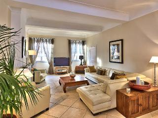 3 bedroom Condo with Balcony in Nice - Nice vacation rentals