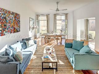 Bright 2 bedroom Condo in Nice - Nice vacation rentals