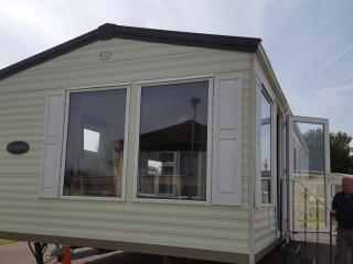 BK Expression Close to Beach - Leysdown-on-Sea vacation rentals