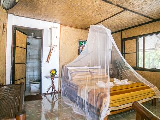 Romantic 1 bedroom Popototan Island Apartment with Internet Access - Popototan Island vacation rentals