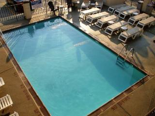 Beautiful North Wildwood 2 Bedroom Condo - North Wildwood vacation rentals
