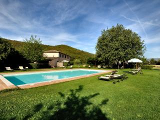 Olivo Country House, 7km to Perugia, garden, pool - Perugia vacation rentals