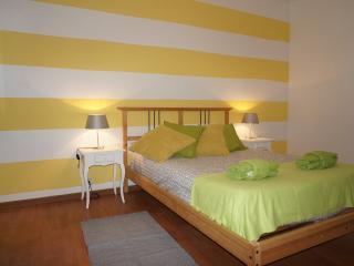 YELLOWSTONE STUDIO BY W2Lx - Lisbon vacation rentals