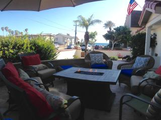 1/2 Block from Carlsbad Beach, Walk to Village, Parking! - Carlsbad vacation rentals