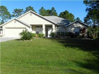 4 BDRM House, Saltwater Pool (monthly discounts) - North Port vacation rentals